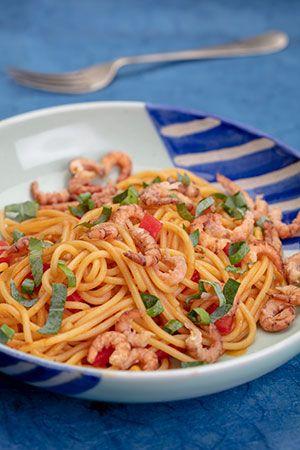 spaghetti met grijze garnalen | groepsbord recepten in het