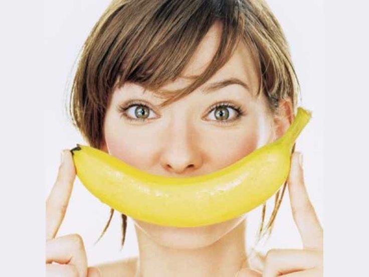 Risparmia sullo sbiancamento dei denti con la magia delle banane!!