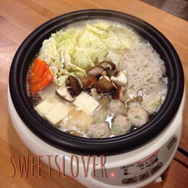 12月30日 今年最後の鍋  あったまったーー(≧∇≦) - 40件のもぐもぐ - 生姜たっぷり鶏つくね鍋 by sweetslover