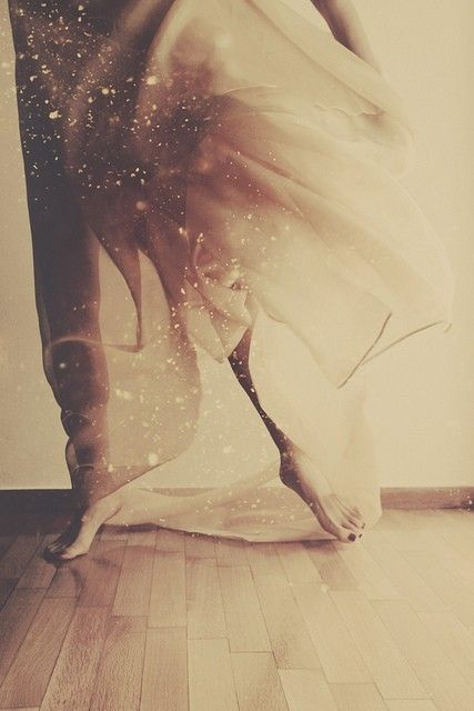 Dance of the Wild Hearts is.... feeling flow and bliss from head to toe. Feet that dance to the heart beat of the earth. Arms that follow the waves of life