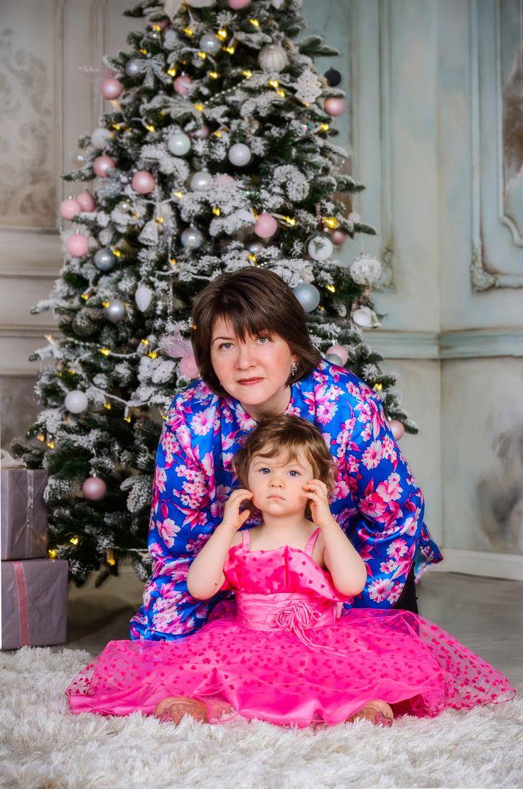 Очень нежная фотосессия с Надеждой и её очаровательной дочкой)) Каждый ребенок уникален, а эта маленькая принцесса смогла нас сразу заинтересовать своим необычайно редким и красивым именем - Веста!