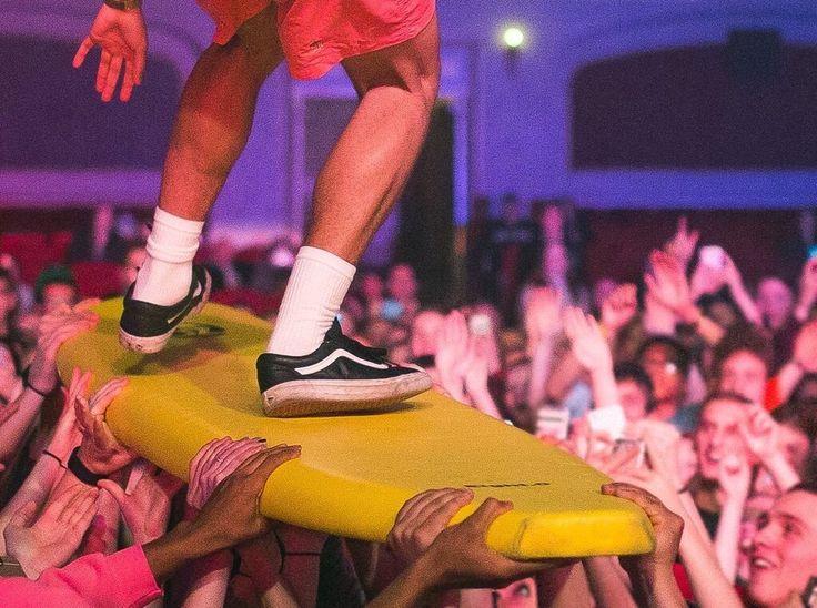 vans, skate, surf, surfing, vans shoes, vans sneakers, vans outfit, vans outwear,