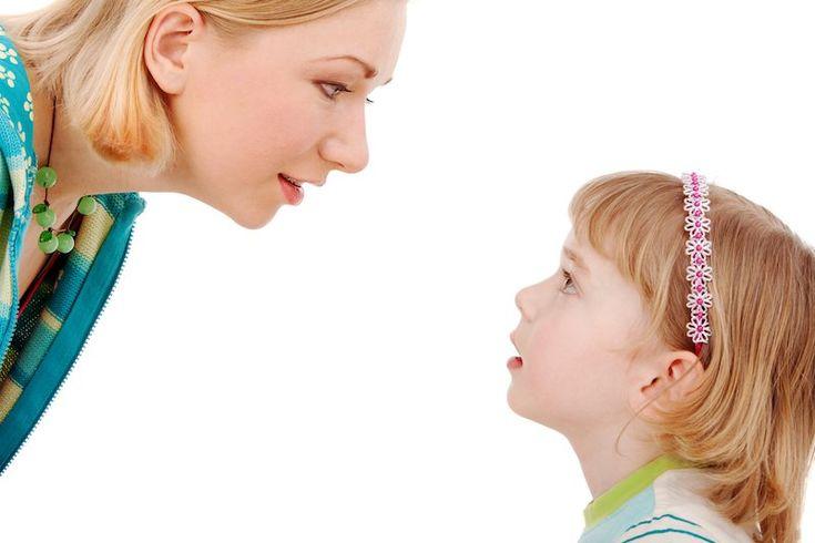 Πώς το περιβάλλον επηρεάζει την εξέλιξη του λόγου; Τα παιδιά μας εξελίσσουν τον λόγο «μόνα» τους ή ο ρόλος μας έχει κάποια βαρύτητα; Θα μπορούσε ο «Μόγλης» ή ο ...