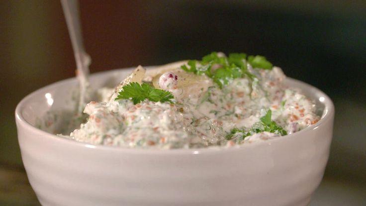 Saltinlagd tofu ersätter räkorna, men tångkaviar ger ändå god smak av hav.