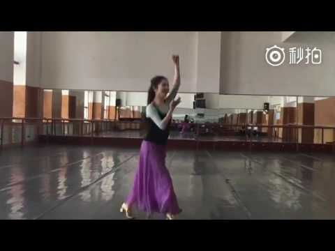 Uyghur famous dancer-Gulmira
