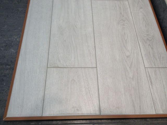 Tile That Looks Like Whitewashed Wood R Background