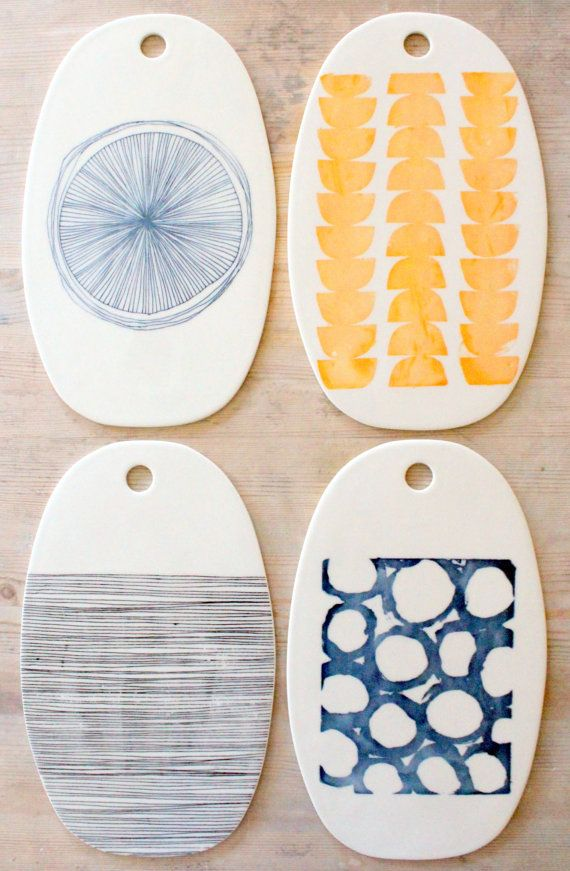 Add this to your hostess-gifts list: a modern porcelain cheese tray, handmade in Arizona. #etsygifts
