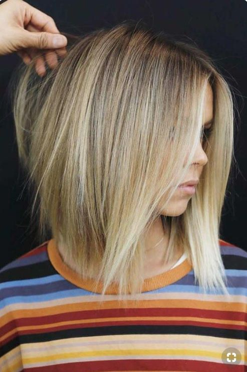 Must Try Fall Hairstyles We Re Copying From Pinterest Hair Styles Medium Length Hair Styles Layered Haircuts Shoulder Length