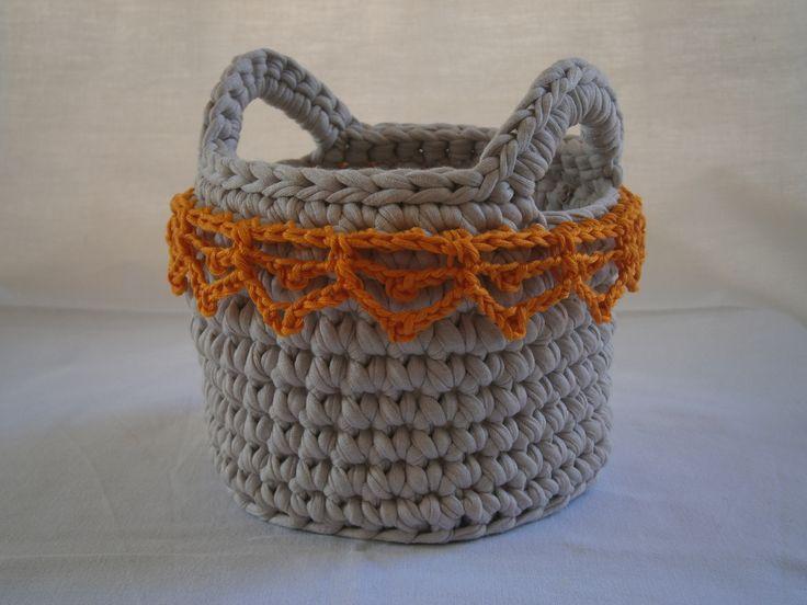 crochet basket https://www.facebook.com/kalypso.h