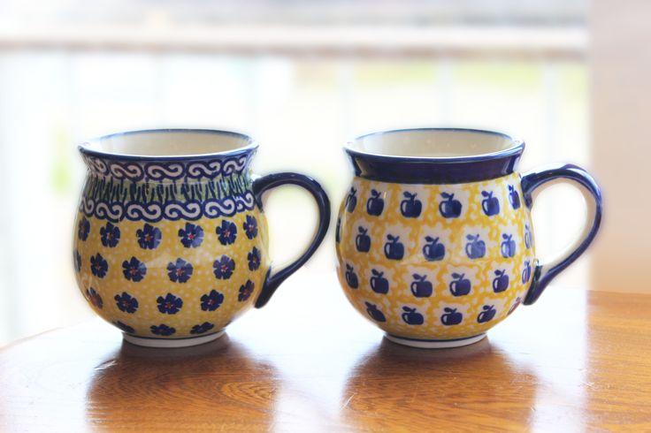 ポーランド(ボレスワヴィエツ陶器)のマグカップ ポーランド陶器にはなぜか黄色が似合います。 http://www.paysage.jp ライフスタイルショップ ギフト PAYSAGE / ペイザージュ LINE@ ID: @paysage