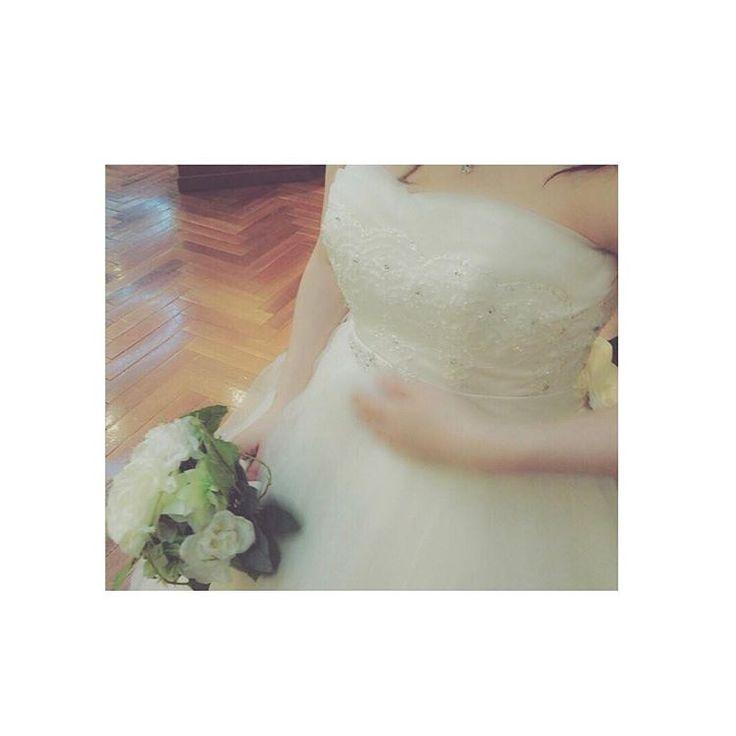 #ウェディングドレス もう一回着たい〜 ちょうど#妊娠中 でした… 今より#10キロ増  #産後ダイエット で#マイナス10キロ 越え#ダイエット #成功( ;∀;) #妊婦 はおそろしく#太る し #母乳育児 は素晴らしく#痩せる  #wedding #weddingdress #結婚式 #妊娠7ヶ月 http://gelinshop.com/ipost/1515069633237274297/?code=BUGm83jFs65