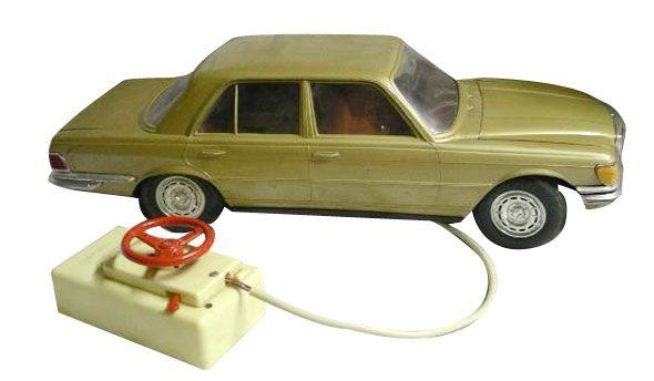 Los primeros coches teledirigidos por cable de los años 70 y 80 - Yo fui a EGB