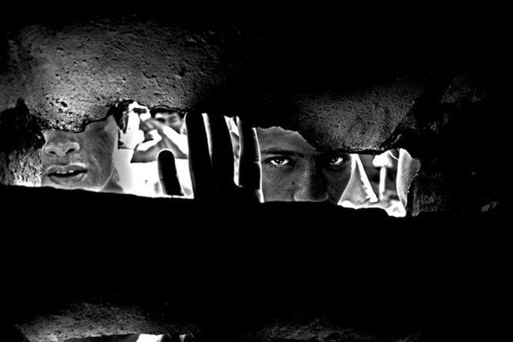 Valerio Bispuri, 'Encerrados'