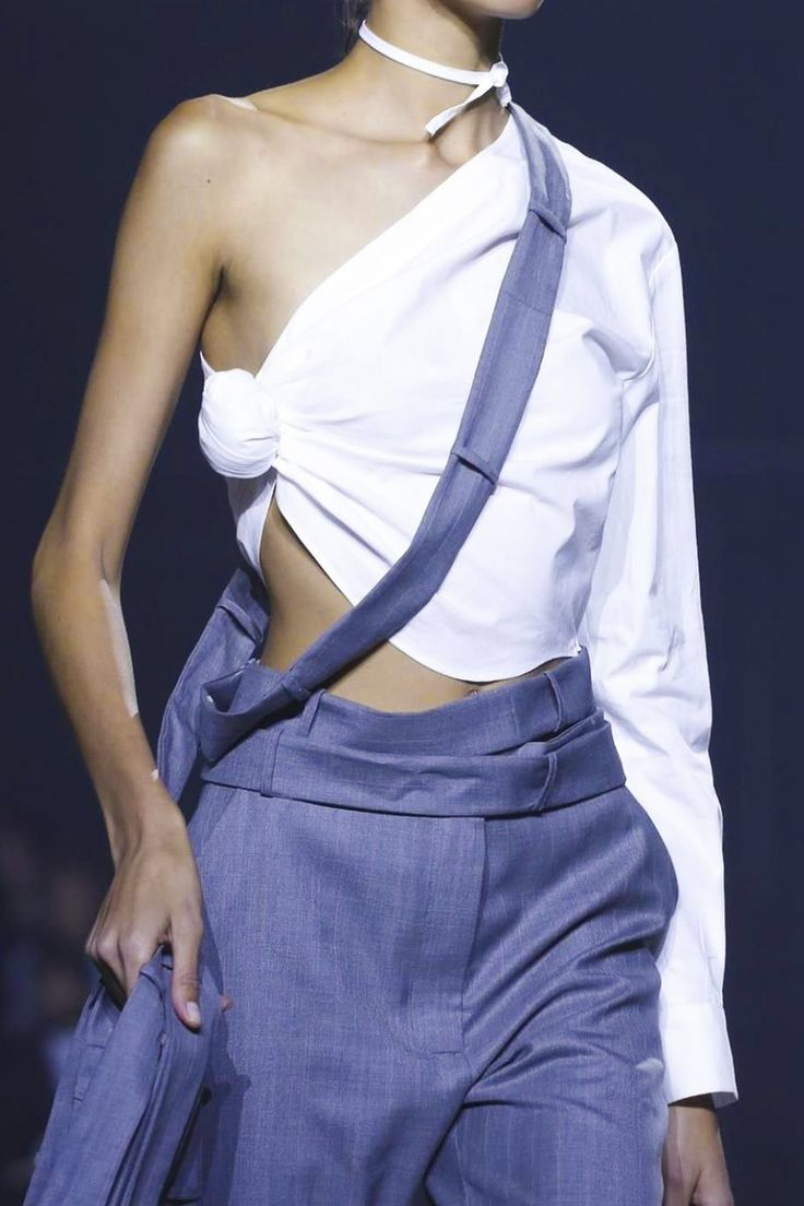 Jacquemus Fashion Show Ready to Wear Collection Spring Summer 2016 in Paris