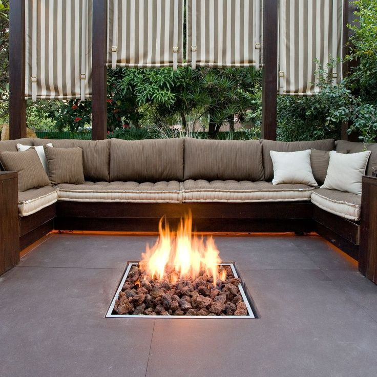 40 backyard fire pit ideas backyards a house and house for Outdoor gas fireplace designs