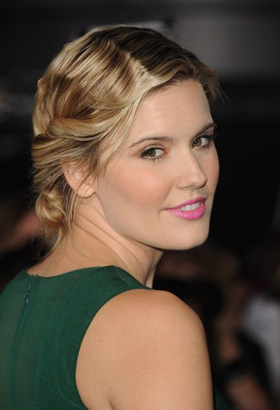 maggie grace | Maggie Grace Actress Maggie Grace arrives at the premiere of Summit ...