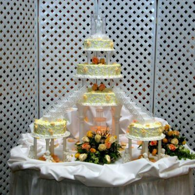 ... wedding cakes, but the fountain