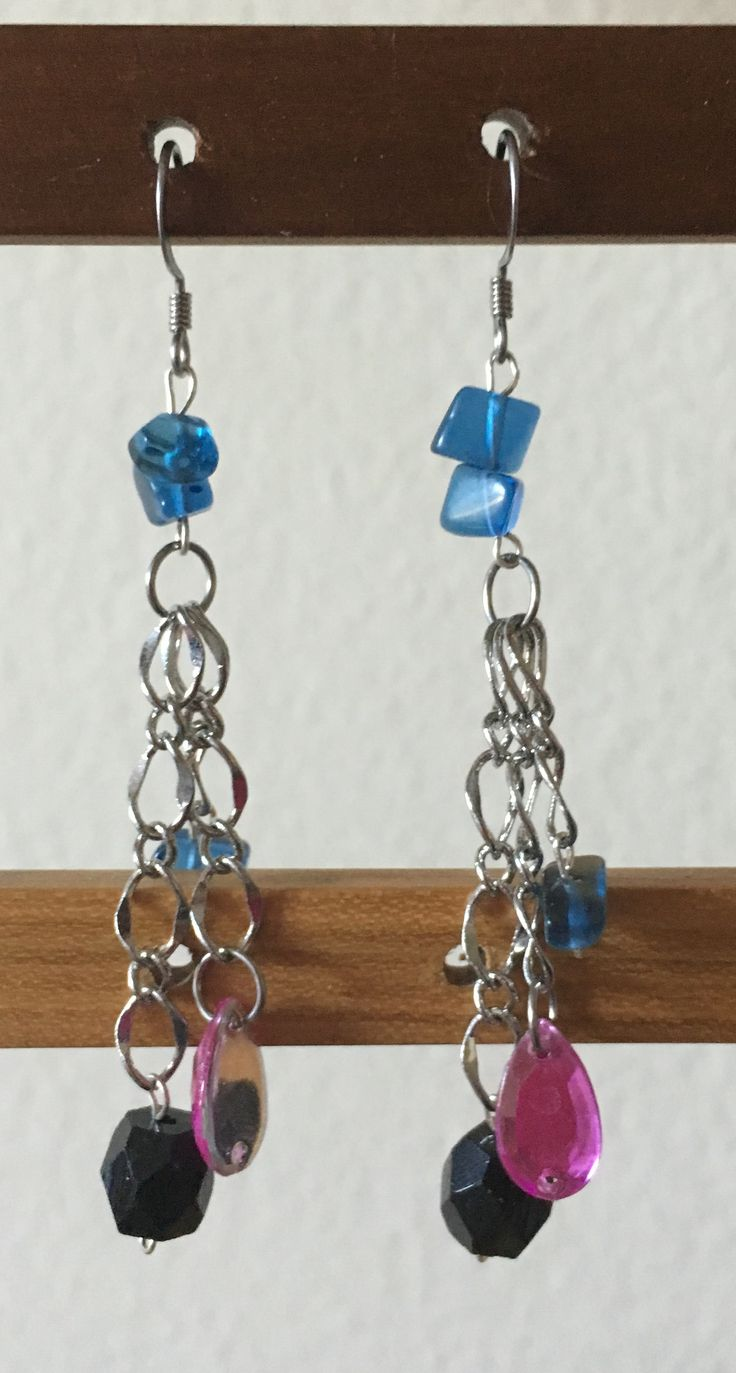 Three some chain earrings by MaxAna X