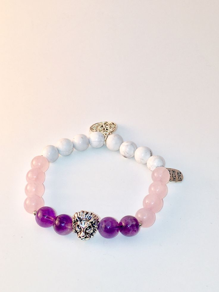 Wear this beautiful Howlite, Amethyst and Rose Quartz (Pink) Mala bracelet throughout your day to bring you more feelings of love, balance and control.