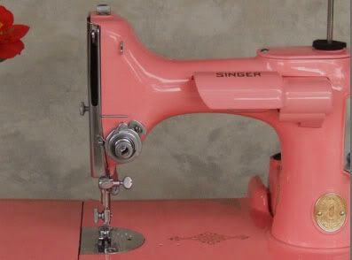 Vintage pink Singer-love sewing and needle crafts! Singer was the standard most of us learned on. Would have died to have this pink one!!