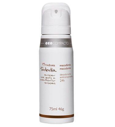 Proteção antitranspirante e contra odores por 24h, sensorial seco, não mancha roupas claras e escuras, protege e cuida da pele, fragrância macadâmia.