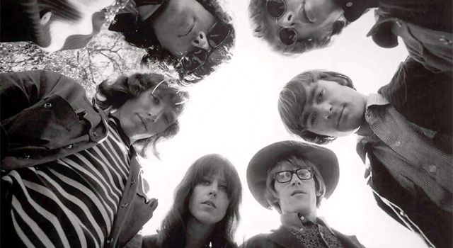 I once had a dream.. I was on some crazy trip in the woods sitting by a campfire, Grace Slick was dancing by the fire and she threw a liquor bottle at my head.. I woke up so happy :)    Jefferson Airplane <3