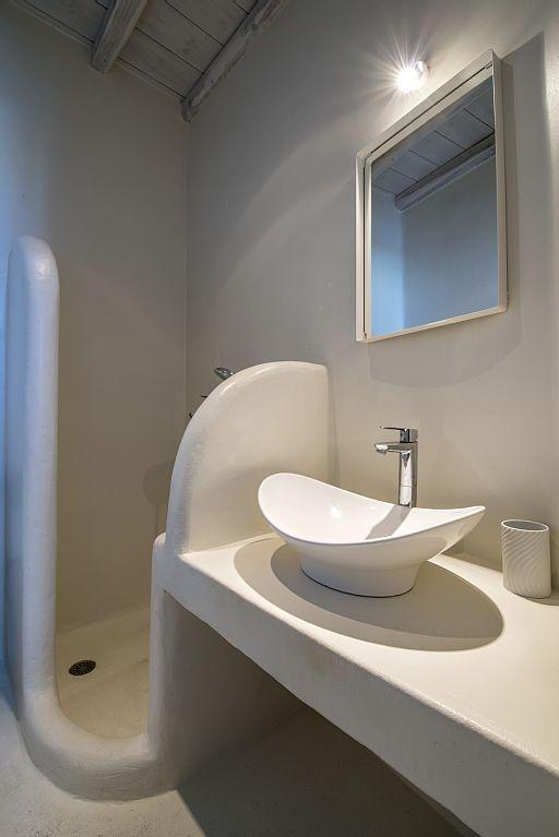 Risultati immagini per stucco bagno doccia mykonos