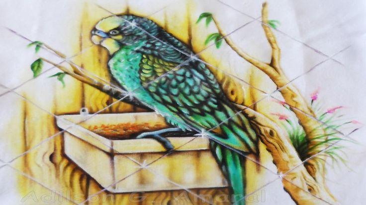 Como Pintar Periquito Verde no Tecido