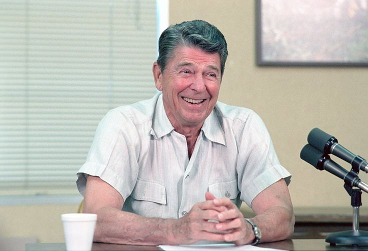 How about a great Ronald Reagan smile to start off your Monday morning?