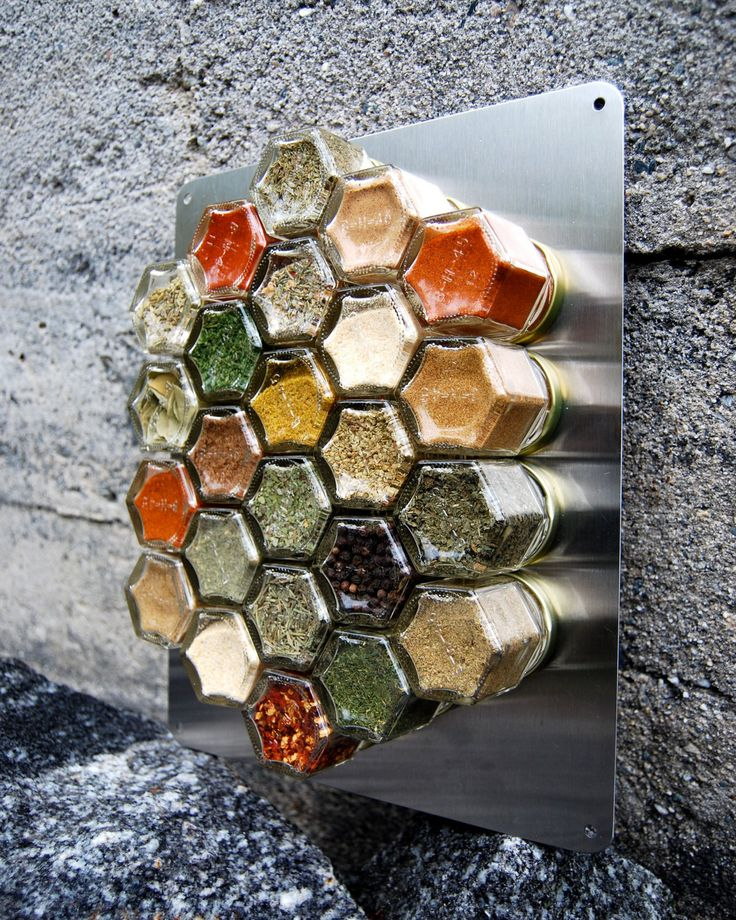Magnetic Spice Rack for Compact Living with METAL Wall Plate... or hang on the fridge! Want!!