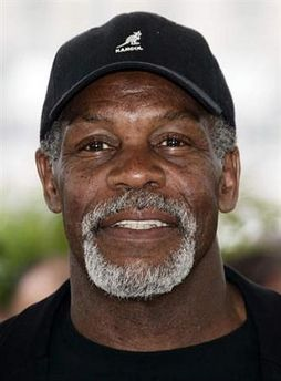 Danny Glover, WOW!!! DG HAS NEVER LOOKED SOOOO SEXY!!!