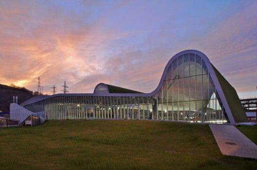 sports and leisure centre by ACXT. SPAIN.