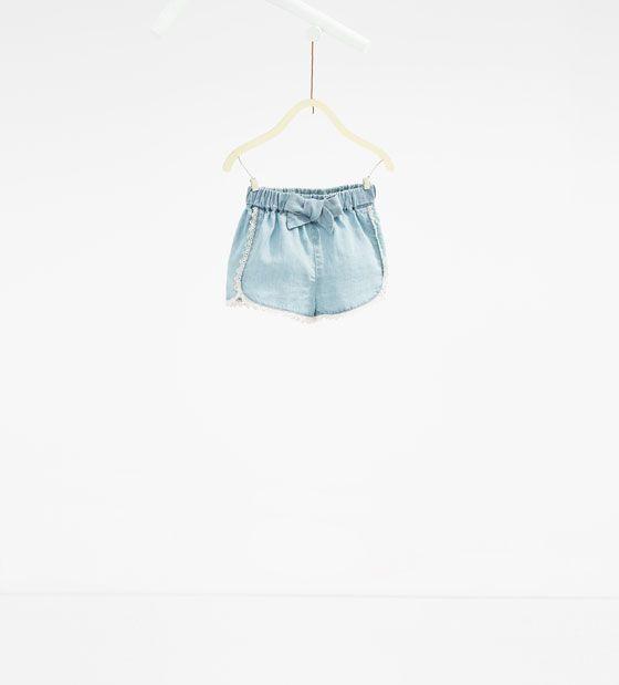Flowing denim shorts