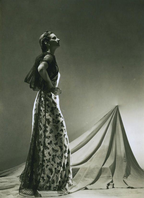 Elsa Schiaparelli dress summer, photographed by André Durst, 1937
