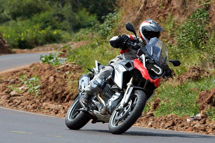 В ходе открытого опроса авторитетного немецкого журнала PS в рамках премии «Лучшие спортивные мотоциклы 2015 года», компания BMW Motorrad была признана лучшим мотоциклетным брендом.