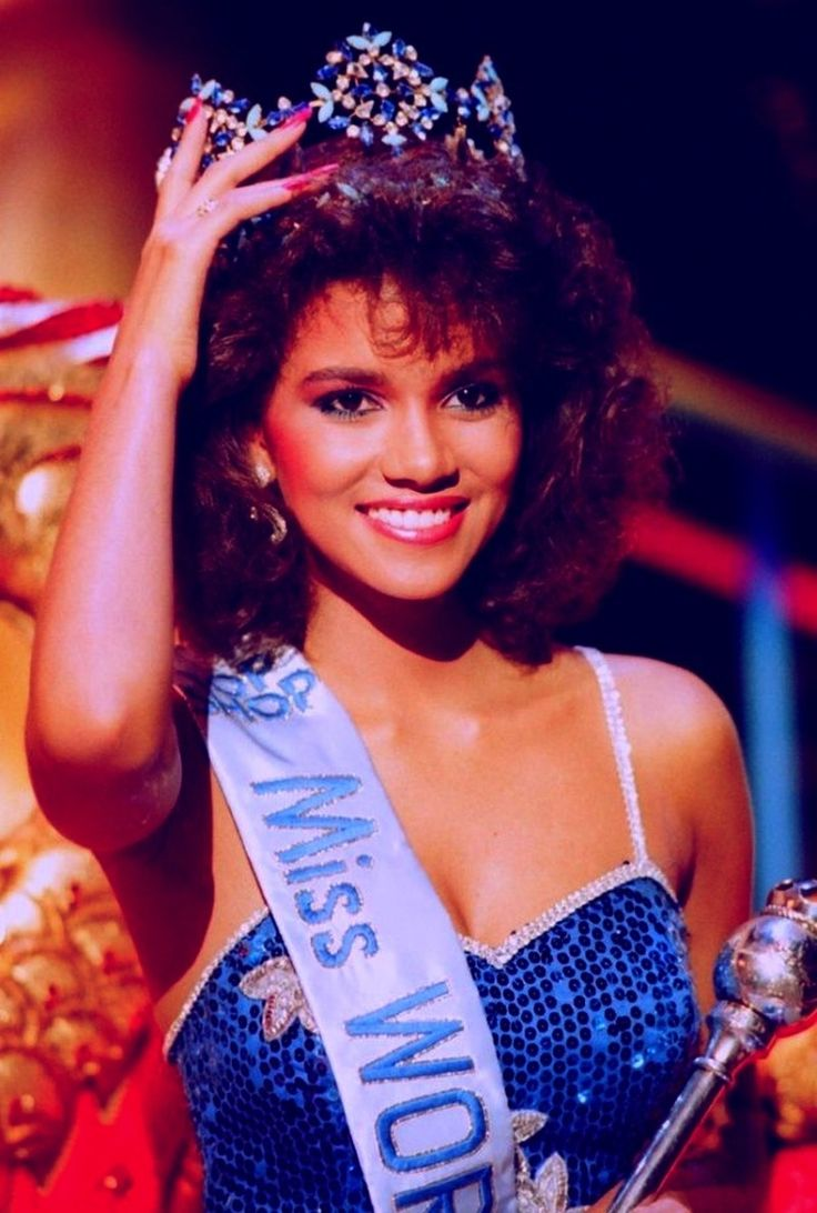 Halle Berry Miss World