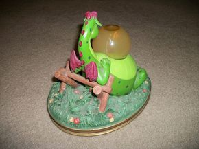 """Disney Petes Dragon """"Candle on The Water"""" Musical Snowglobe   eBay"""