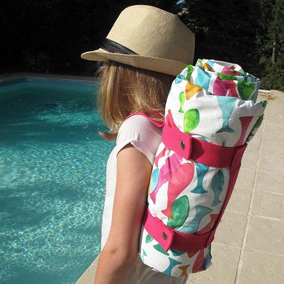 Réalisez vous-même votre serviette de plage avec les produits Ma petite mercerie - Découvrez la boutique en ligne et le blog