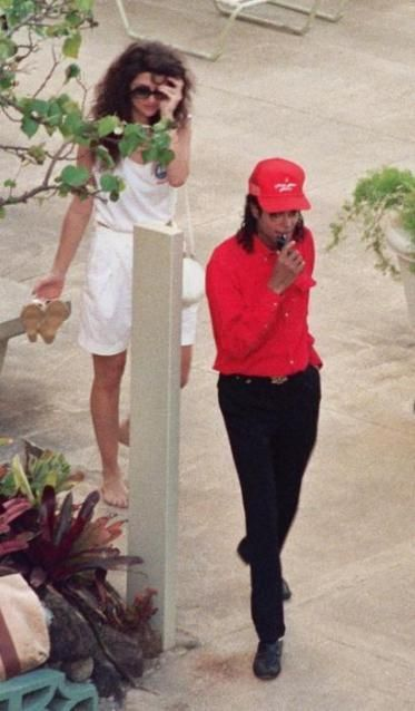 Michael Jackson: I kid you not Tito, Brooke Shields is stalking me right now!