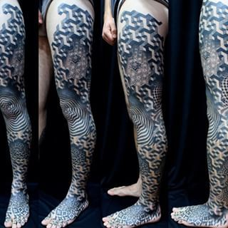 Simple geometric shapes combined can create quite the complexion. | 23 Insanely Intricate Leg Sleeve Tattoos