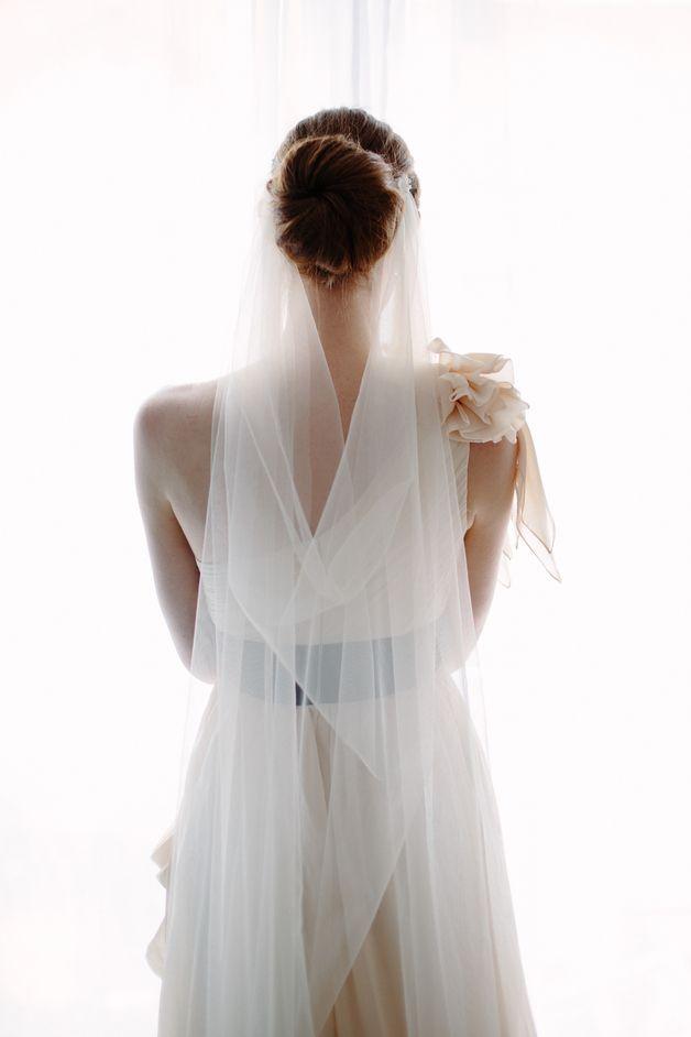 Schleier // veil by La Chia via DaWanda.com