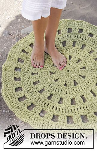 Crochet Rug with diagram and written instructions.