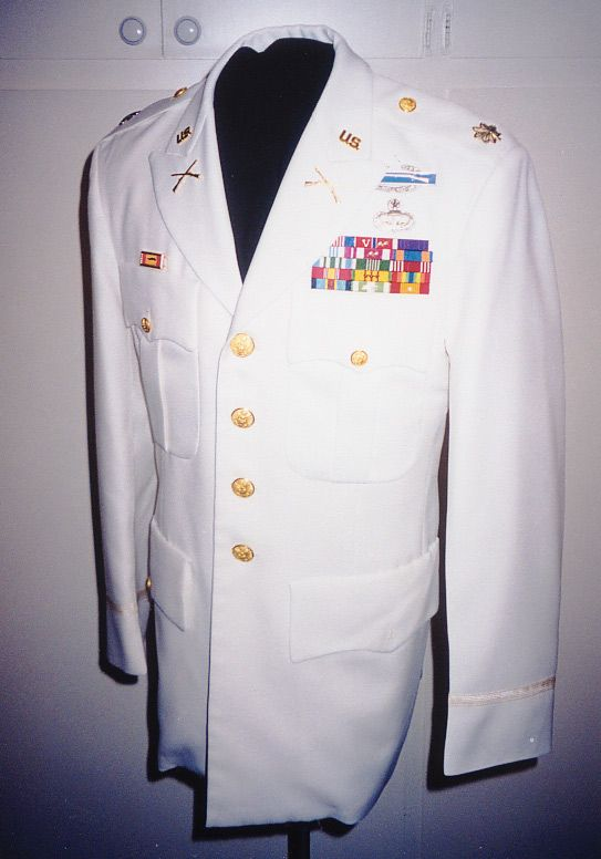 White Service Uniform Military Inspiration For Fall Winter 2017 Pinterest And