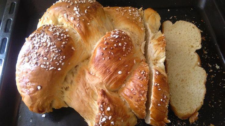 Friedas genialer Hefezopf, ein gutes Rezept aus der Kategorie Brot und Brötchen. Bewertungen: 3.175. Durchschnitt: Ø 4,8.
