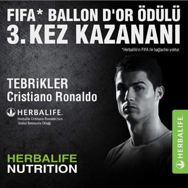 O bunu hep yapıyor! Herbalife'ın global beslenme ortağı olduğu yıldız futbolcu Christiano Ronaldo 3. kez FIFA Ballon D'or ödülünü aldı! Tebrikler! 0536 612...