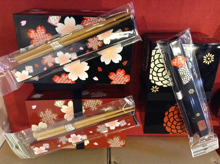 Bento boxes and chopsticks www.artigianatogiapponese.it