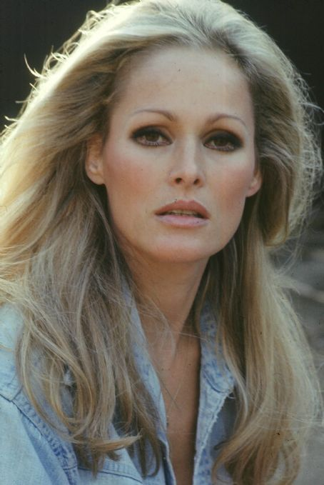 Ursula Andress - Kibbe verified Flamboyant Natural