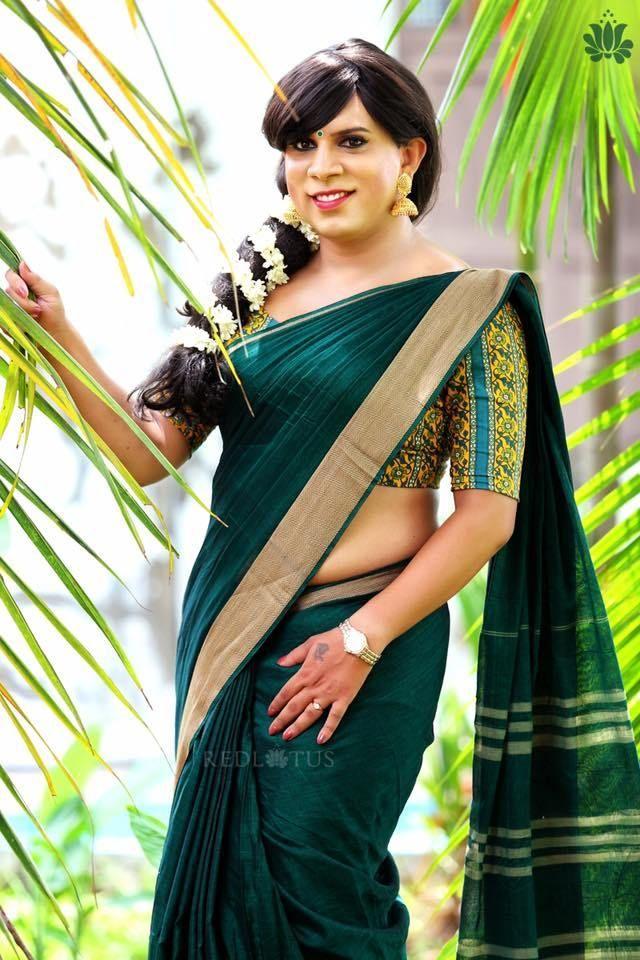Facebook Red Lotus sari 7