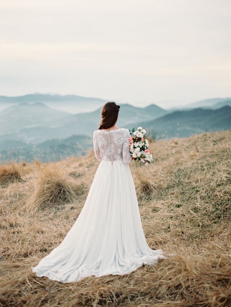 NON-CORSET A SILHOUETTE WEDDING DRESS WITH NUDE LACE BODICE   Cathy Telle