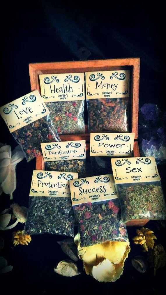 Ehi, ho trovato questa fantastica inserzione di Etsy su https://www.etsy.com/it/listing/478791742/incense-kit-yule-christmas